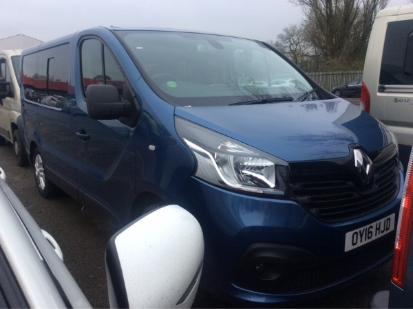 RENAULT TRAFIC 2.7T